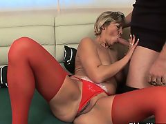 Mom helps me blow my load